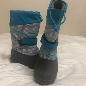 L.L. Bean Youth Size 13 snow boots